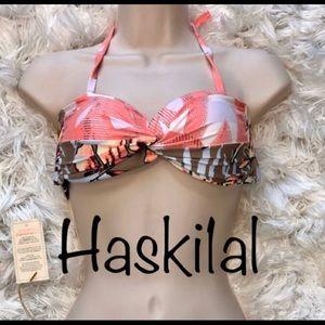 ☀️ NWT Maaji Bikini Top ☀️
